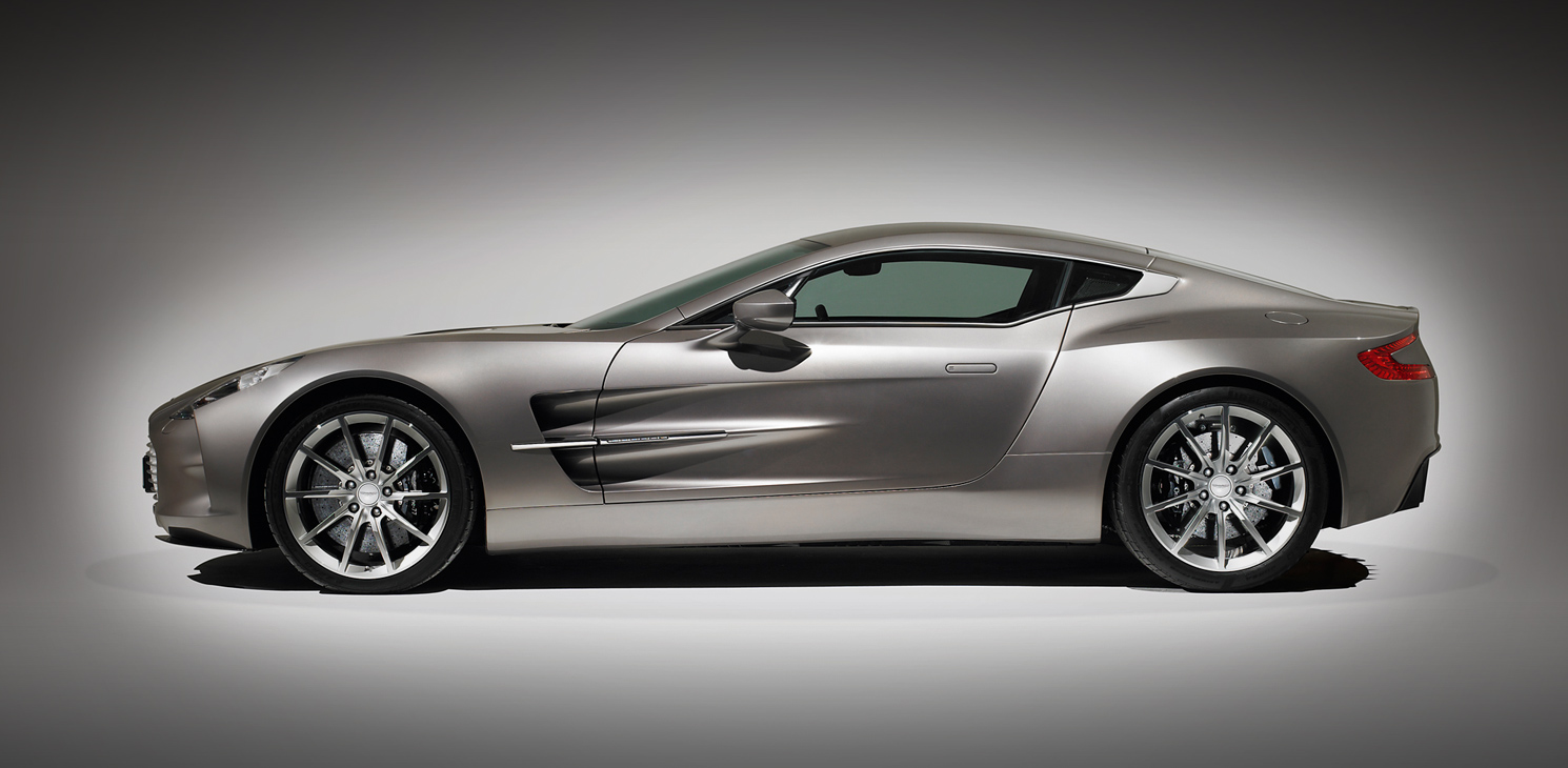Aston Martin One 77 will premiere at CIAS 2012