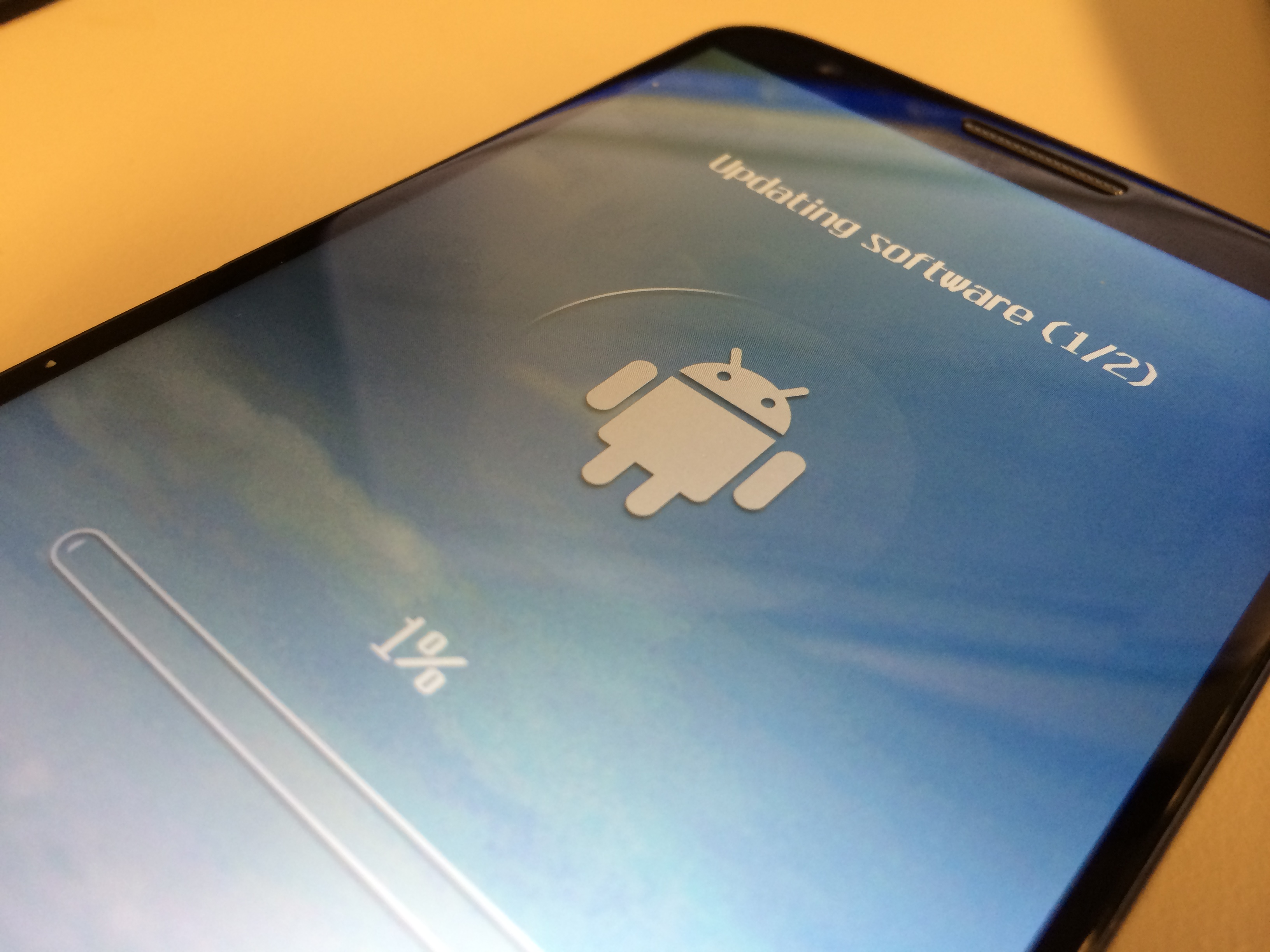 LG G2 Receives Android Kitkat Update
