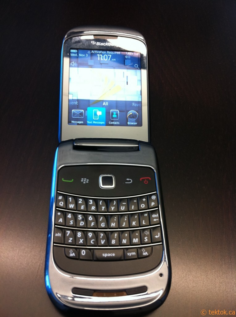 Blackberry Style 9760